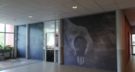 Windesheim, full colorprints op wand aangebracht